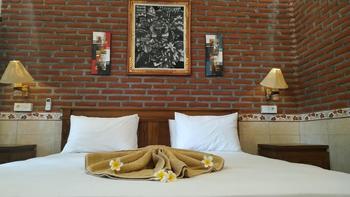 Eliska Sari Bungalows Bali - Superior Room Hot Deal