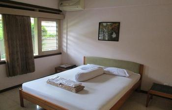 Pondok Asri Family Guest House Surabaya - Standard Room Only Regular Plan