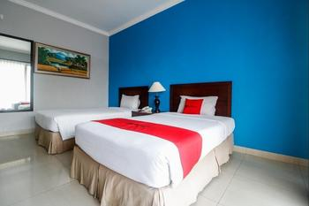 RedDoorz Premium @ Bukit Damai Indah Balikpapan - RedDoorz Twin Room BASIC DEALS