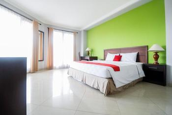 RedDoorz Premium @ Bukit Damai Indah Balikpapan - RedDoorz Suite Last Minute
