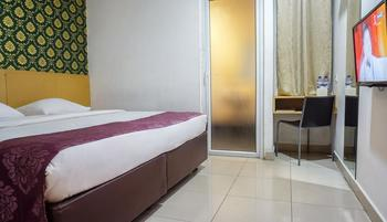 Hotel Marilyn Tangerang Selatan - Superior Room Inc Breakfast CLICK AND STAY