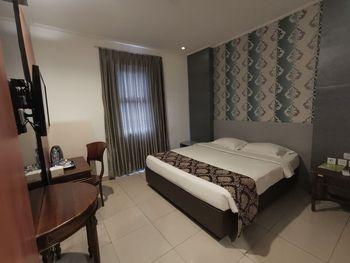 Hotel Marilyn Tangerang Selatan - Deluxe Room Regular Plan