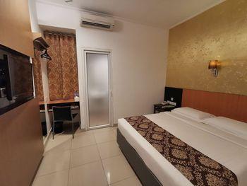 Hotel Marilyn Tangerang Selatan - Superior Room Regular Plan