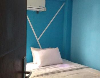 Cleo Guest House Bandung - Basic Room Regular Plan