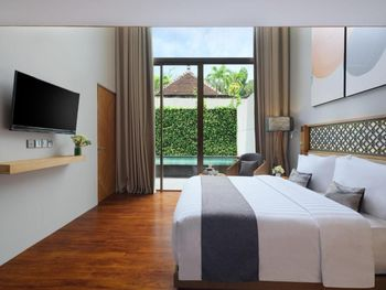 Kayumas Seminyak Resort Bali - One Bedroom Suite Room Only Regular Plan