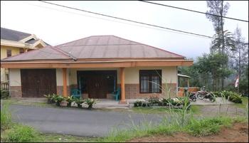 Casa Bromo Homestay Pasuruan - Villa Regular Plan