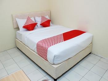 OYO 1335 Anie 71 Residence Bengkulu - Standard Double Room Regular Plan