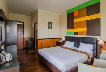 Rollaas Hotel and Resort Malang - Deluxe Room Reguler plan