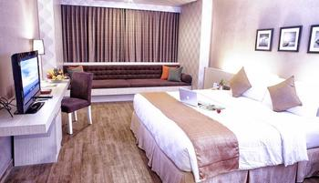 Garden Palace Surabaya - Superior King Promo Stay Hepi