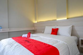RedDoorz Syariah near PRPP Semarang Semarang - RedDoorz Room Kurma Deal