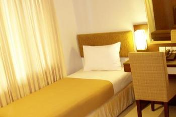 Country Heritage Surabaya - Deluxe Twin Room Only Regular Plan