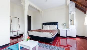 PELE Backpacker Guesthouse Bandung - Backpacker B Minimum Stay 2 Days