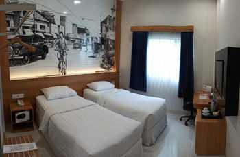 Choice City Hotel Surabaya Surabaya - Deluxe Room Only Regular Plan