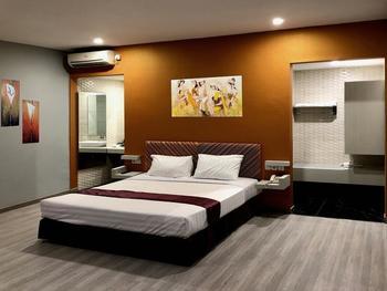 Hotel Sinar 1 Surabaya - Superior Deluxe Basic Deal 10%