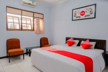 OYO 926 Hotel Nugraha Malang - Suite Double Regular Plan