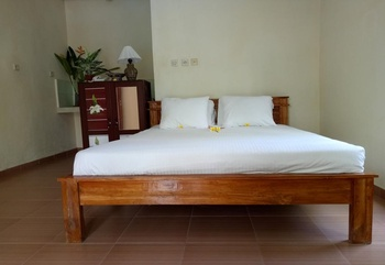 Aron Guest House Bali - Twin Room wih Garden View Regular Plan