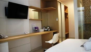 Petogogan Residence Jakarta - Deluxe Room Only Save 45%