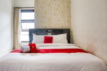 RedDoorz near Ma Chung University Malang - RedDoorz Room with Breakfast Regular Plan