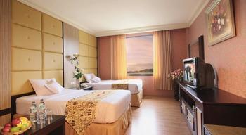 Hotel Utami Sidoarjo - Junior Suite Room Only Regular Plan
