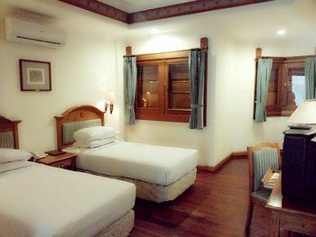 Kresna Hotel Wonosobo Wonosobo - Deluxe Room Regular Plan