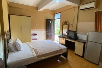 Hotel Manau Samarinda -   Standard Double Room Only NRF Special Deal