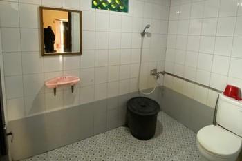 Hotel Manau Samarinda - Family Four Private Bathroom  Breakfast NRF Special Deal