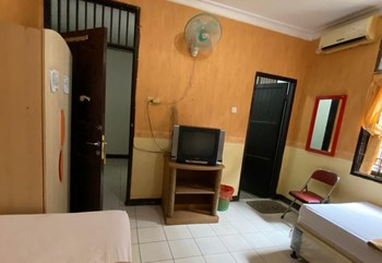 Hotel Manau Samarinda - Family Four Private Bathroom  Room Only FC Special Deal