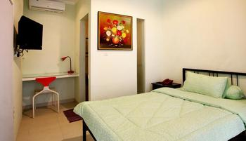 Sun Rise House Jakarta - Deluxe Double Room Regular Plan