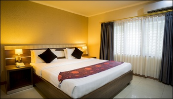 Hotel EFA Banjarmasin - Deluxe Room Regular Plan