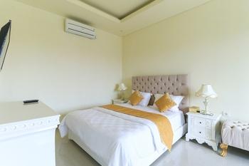 Royal Maharani Nusa Dua Bali - 1 Bedroom Villa with Private Pool Minimum Stay 2 nights
