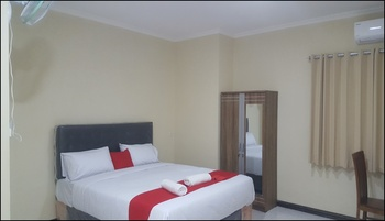 Hotel Wood 7296 Semarang - deluxe Regular Plan