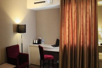 Biz Hotel  Batam - Deluxe Room Regular Plan