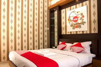 OYO 417 Bama Guesthouse Near RSUP Dr Sardjito Yogyakarta - Suite Double Regular Plan