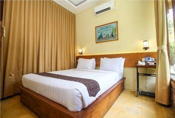 Cempaka Villa Magelang - Superior Double  Regular Plan