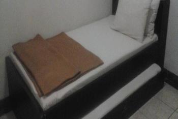 Simpang Homestay Malang - Superior - Room Only Regular Plan