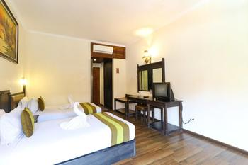 The Flora Hotel Bali - Superior Breakfast FC Min 2 Nights
