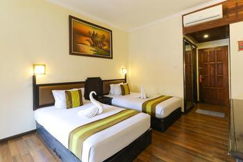 The Flora Hotel Bali - Deluxe Breakfast NR Min 2 Nights
