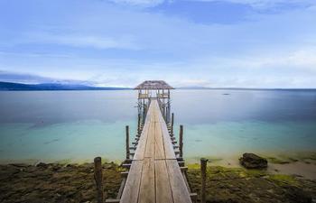Hotel Santika Luwuk Sulawesi Tengah - Superior Room Queen Sea View Special Promo Last Minute Deal 2018