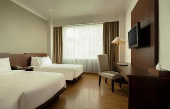 Hotel Santika Luwuk Sulawesi Tengah - Superior Room Twin Sea View Staycation Offer Regular Plan