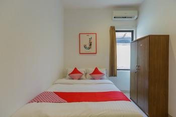 OYO 866 Idola Residence Jakarta - Standard Double Room Regular Plan