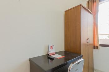 OYO 866 Idola Residence Jakarta - Standard Twin Room Regular Plan