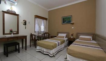 Hotel Mataram 1 Yogyakarta - Superior Twin Room 2 Single Bed Promo Basic