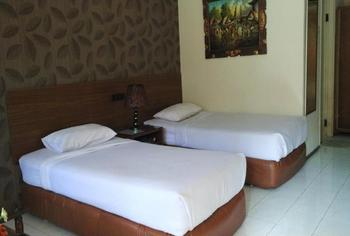 Safari Hotel Jember - Standard Room Regular Plan
