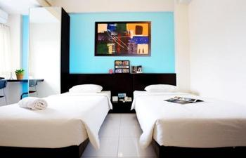 LeGreen Suite Waihaong Ambon - Budget Room Regular Plan