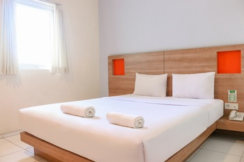 LeGreen Suite Waihaong Ambon - Smart Green Double Bed Regular Plan