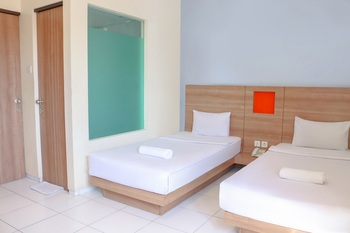 LeGreen Suite Waihaong Ambon - Flexi Twin Bed Regular Plan