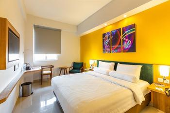 Great Diponegoro Hotel by Azana Surabaya Surabaya - Deluxe With Breakfast Regular Plan
