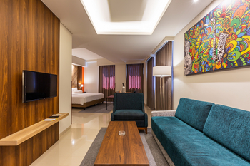 Great Diponegoro Hotel by Azana Surabaya Surabaya - Suite Room Regular Plan