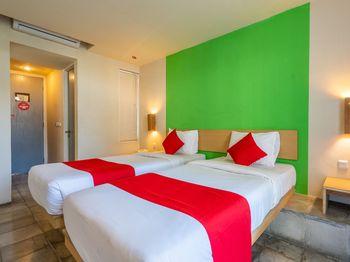 Oasis Kuta Bali - Deluxe Twin Room Regular Plan