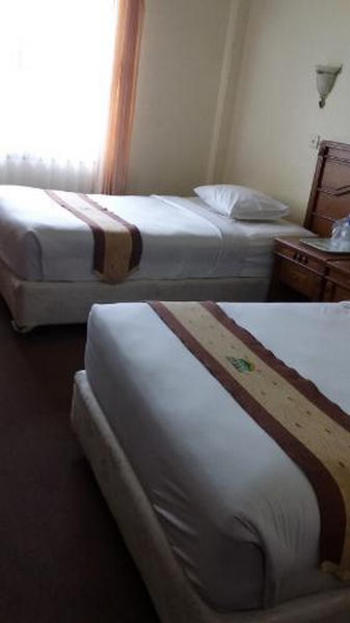 Hotel Bukit Serelo Lahat Lahat - Standard Twin Regular Plan